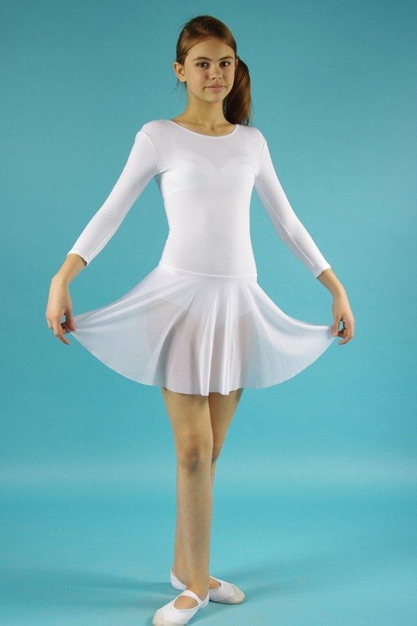 гимнастка в мини платье сразу